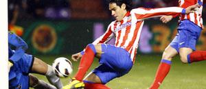 Temporada 2012-13. Falcao buscó el gol durante todo el partido en el José Zorrilla de Valladolid.