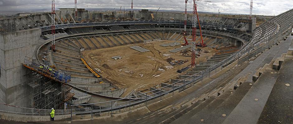 Vista panorámica del estado de las obras del Nuevo Estadio desde el lado norte de la tribuna principal
