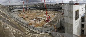 Vista panorámica del estado de las obras del Nuevo Estadio desde el lado sur de la tribuna principal