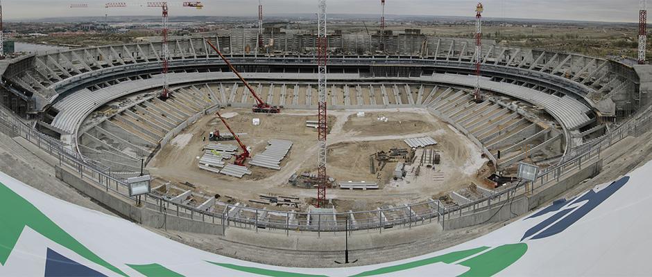 Vista panorámica del estado de las obras del Nuevo Estadio desde la parte alta de la tribuna principal
