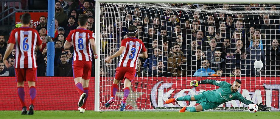Temp. 16/17 | FC Barcelona - Atlético de Madrid | Moyá