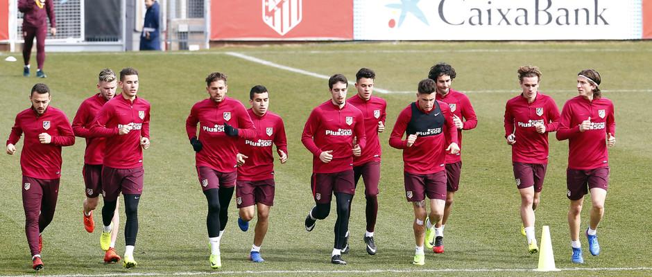Temporada 2016-2017. Entrenamiento en la ciudad deportiva Wanda Atlético de Madrid 16_02_2017. Carrera continua.