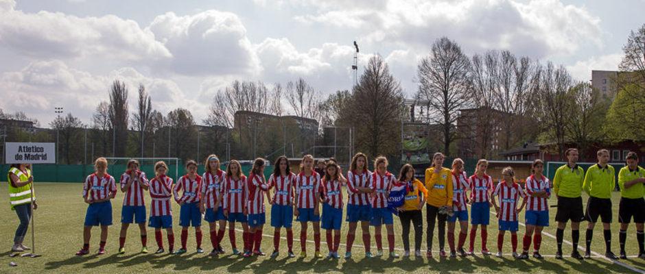 Temporada 2012-2013. Las jugadoras del Infantil en el torneo de Estocolmo