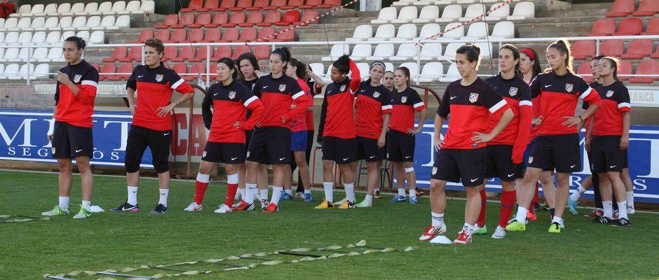 Temporada 2012-2013. El Féminas entrenó en el campo 1 de la Ciudad Deportiva