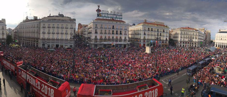 Temp 17/18 | Atlético de Madrid y Atlético de Madrid Femenino | 18-05-18 | Puerta del sol