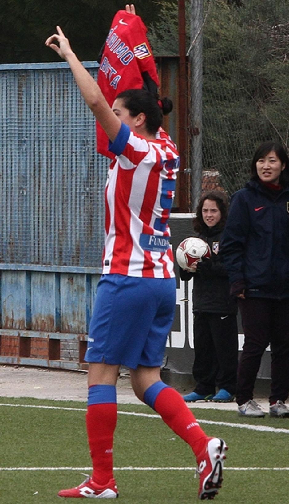 Temporada 2012-2013. Marta Carro apoyo a Marieta