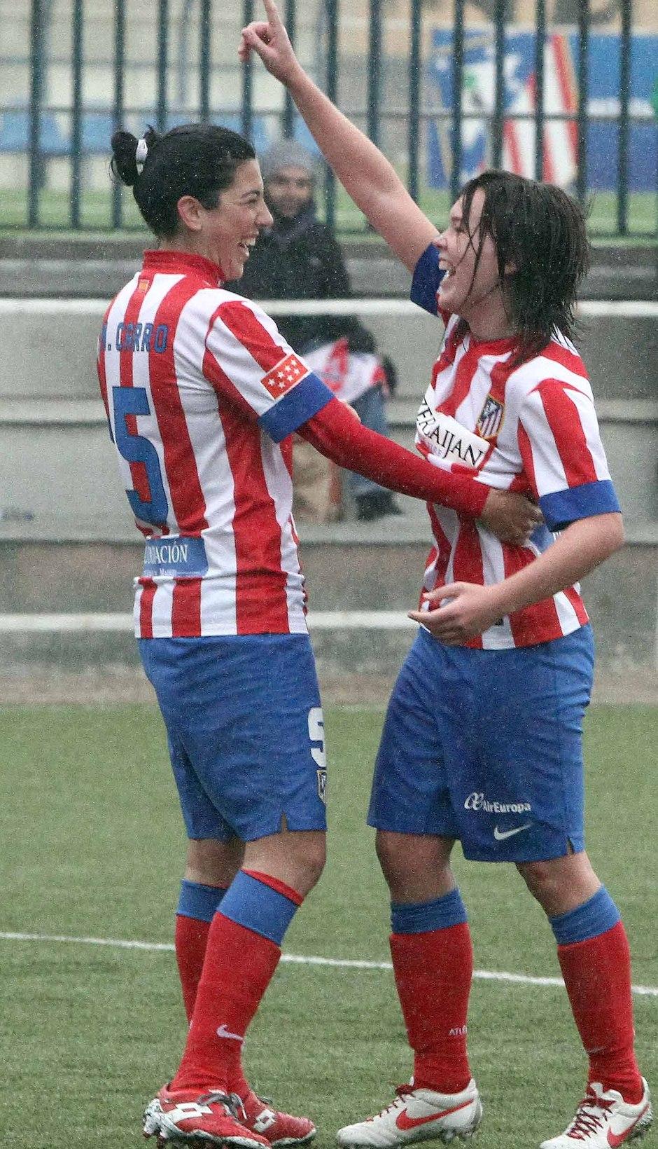 Temporada 2012-2013. Marta Carro y Laura Ortiz fueron protagonistas en la victoria rojiblanca