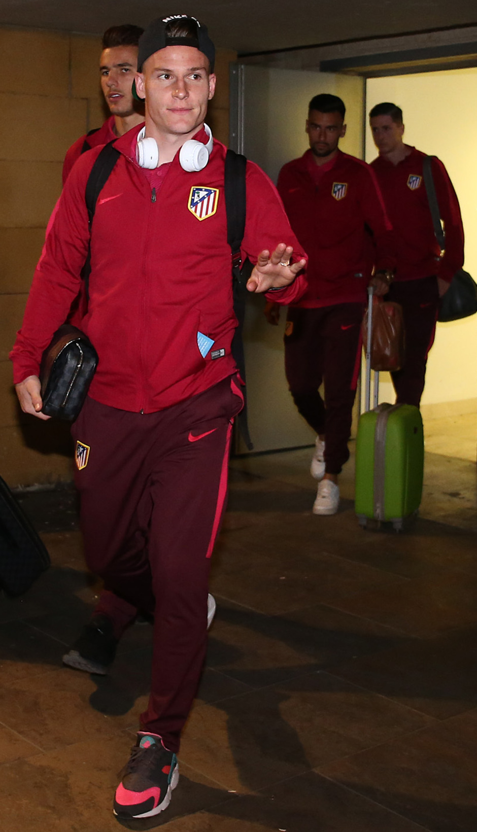 Temp. 16-17. Llegada a Sevilla | Gameiro