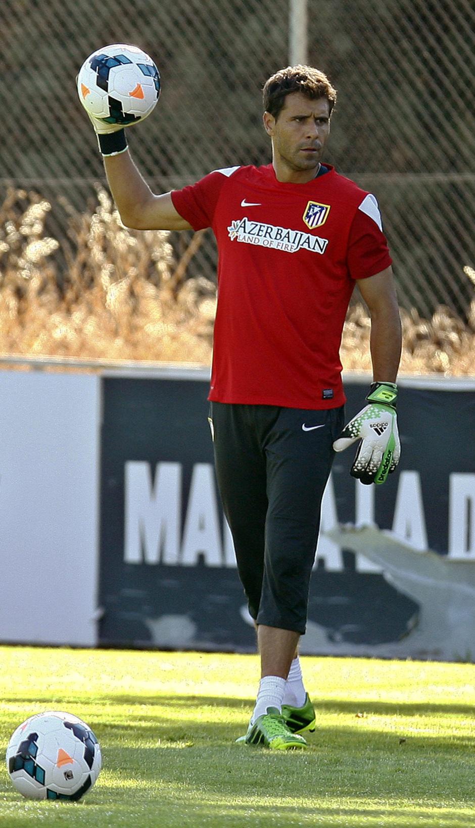 Temporada 13/14. Aranzubia en su primer entrenamiento con el Atlético en Majadahonda