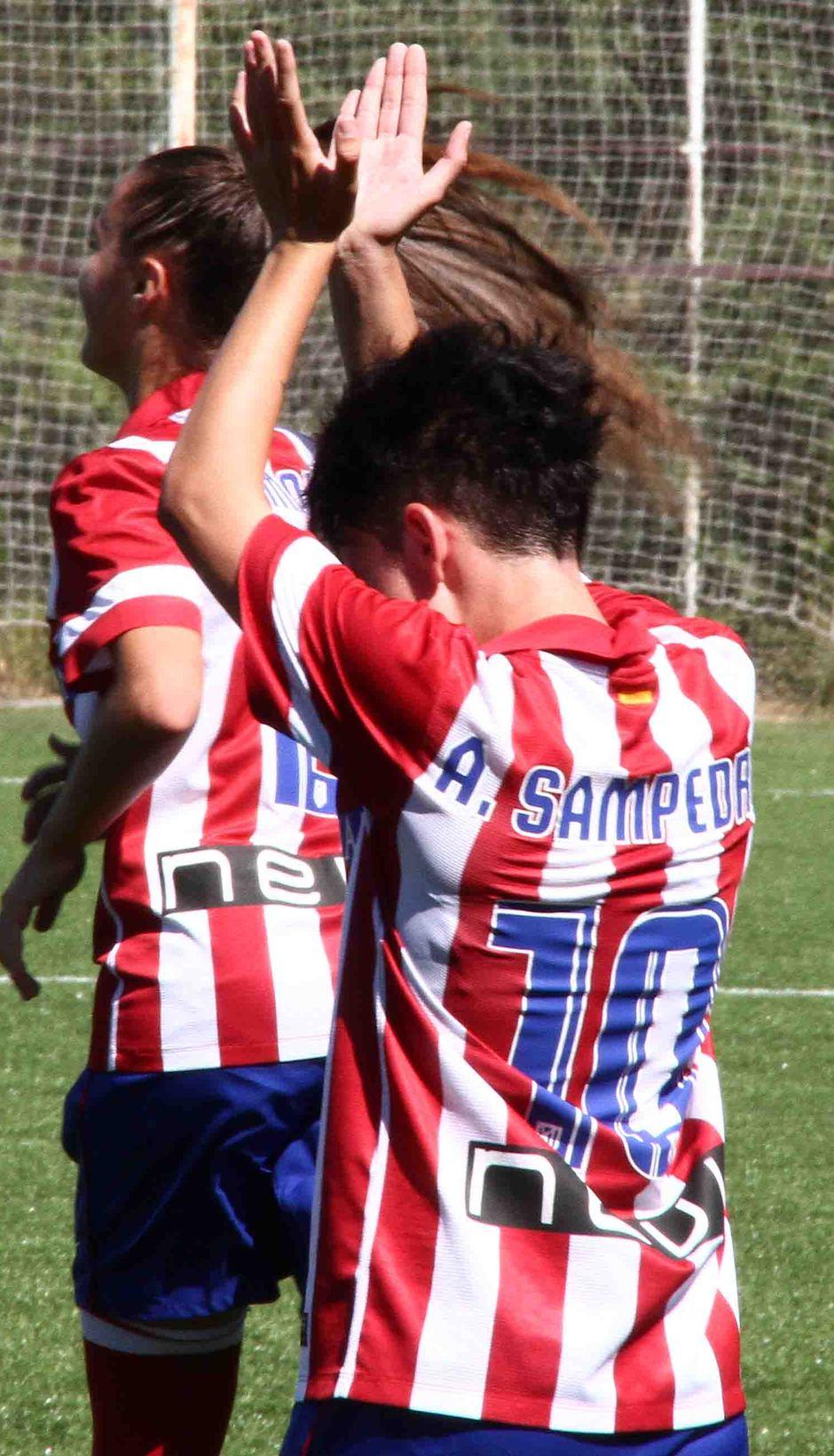 Temporada 2013-2014. Amanda celebra su gol de manera muy especial