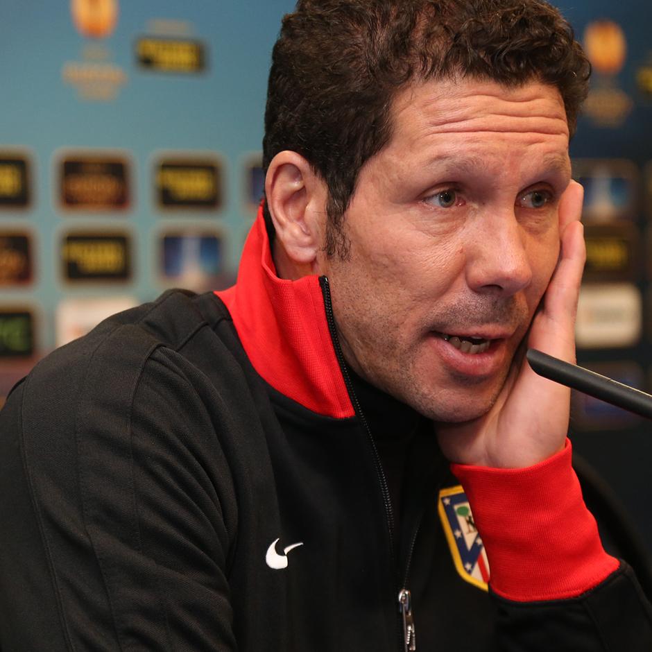 UEFA Europa League 2012-13. Rueda de prensa de Simeone previa al Atlético - Rubin Kazan en el Vicente Calderón
