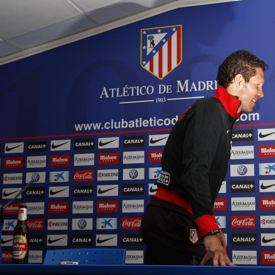Temporada 12/13. Rueda de prensa. Simeone  durante la rueda de prensa en el estadio Vicente Calderón