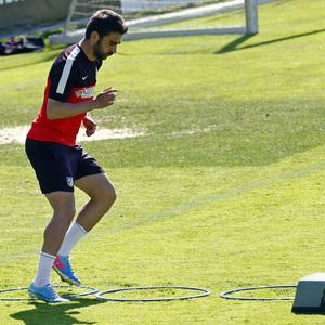 Temporada 12/13. Entrenamiento. Adrián realizando ejercicios físicos en la ciudad deportiva de Majadahonda