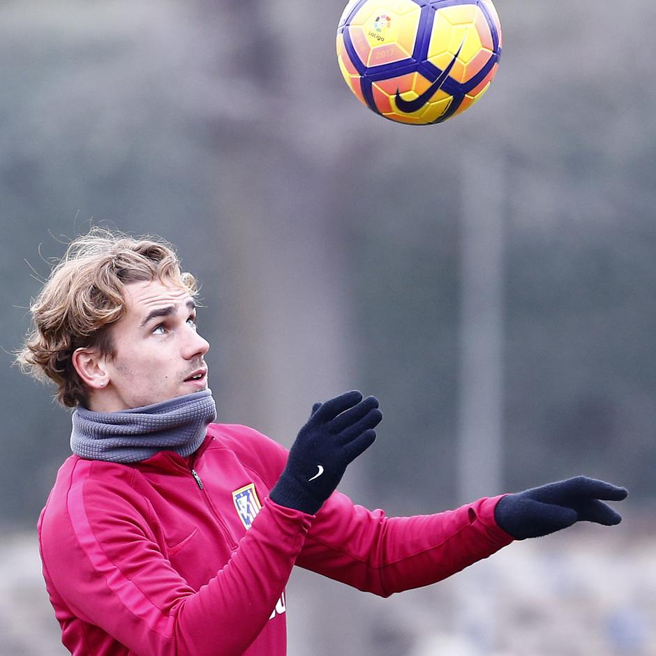 Temporada 2016-2017. Entrenamiento en la ciudad deportiva Wanda Atlético de Madrid 26_01_2017. Griezmann