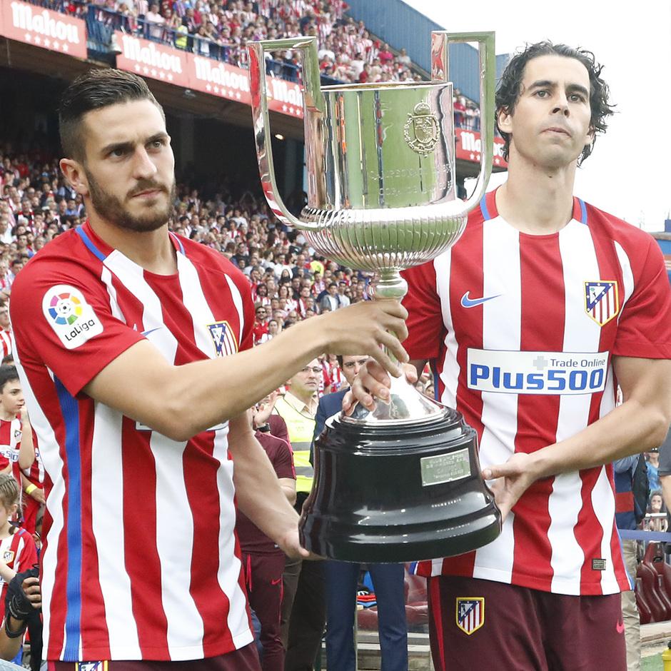 Temp. 16/17 | Homenaje Calderón | Koke y Tiago
