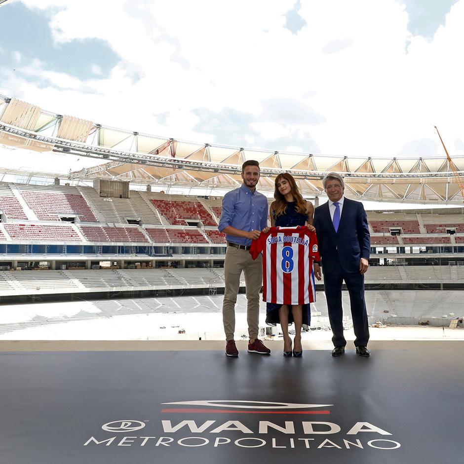 Visita Tom Cruise y equipo de La Momia al Wanda Metropolitano | Sofía Boutella, Enrique Cerezo y Saúl
