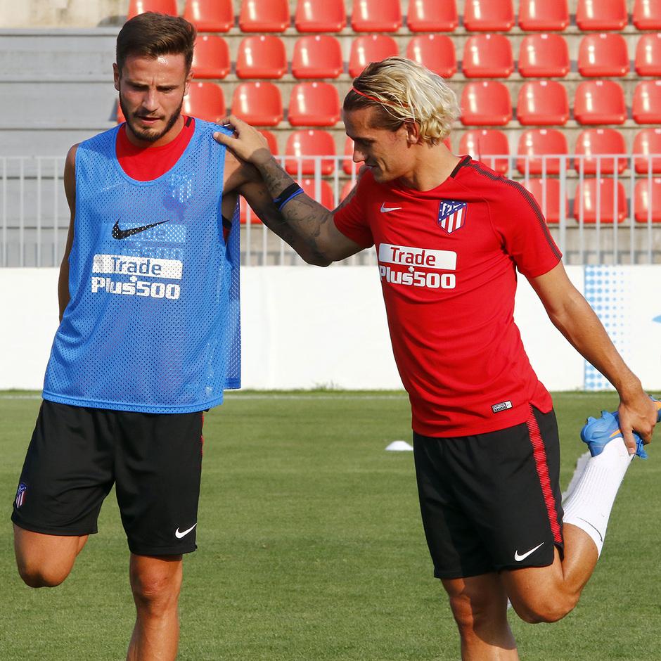 Temporada 16/17 | 04/08/2017 | Entrenamiento en la Ciudad Deportiva Wanda | Saul y Griezmann