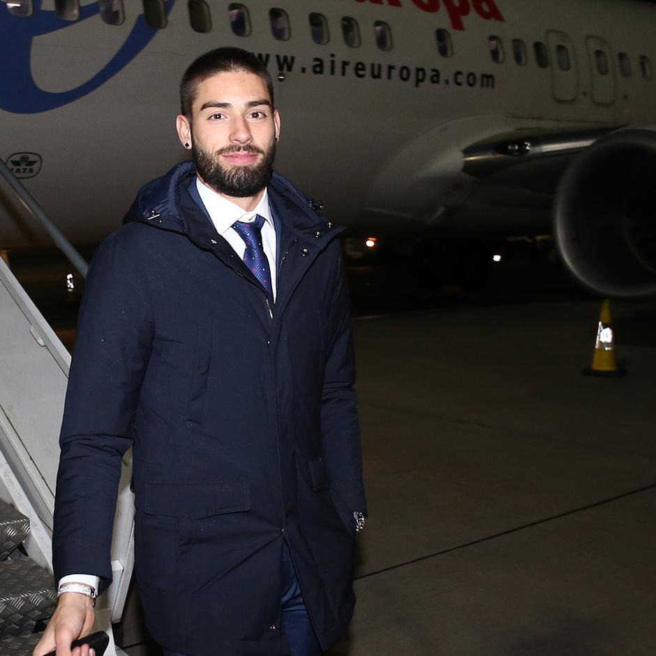 Temporada 17/18. Llegada del equipo a Londres para el Chelsea-Atlético. Carrasco