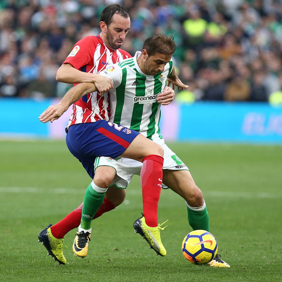 Temp. 17-18 | Betis - Atlético de Madrid | Godín