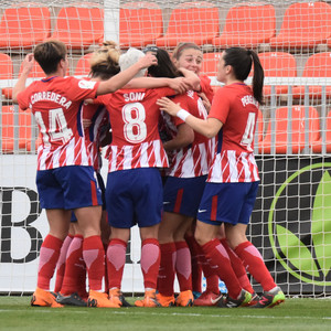 Temp. 17/18   Atlético de Madrid Femenino - Betis   01-04-18   Jornada 25   Celebración gol de Silvia Meseguer
