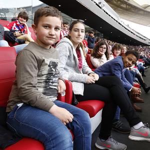 Temp 17/18 | Atlético de Madrid - Levante | Jornada 32 | 15-04-18 | Niños en el palco del Wanda Metropolitano