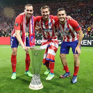 Temporada 17/18 | Final de Lyon de la Europa League | Olympique de Marsella - Atlético de Madrid | Celebración de los tres capitanes