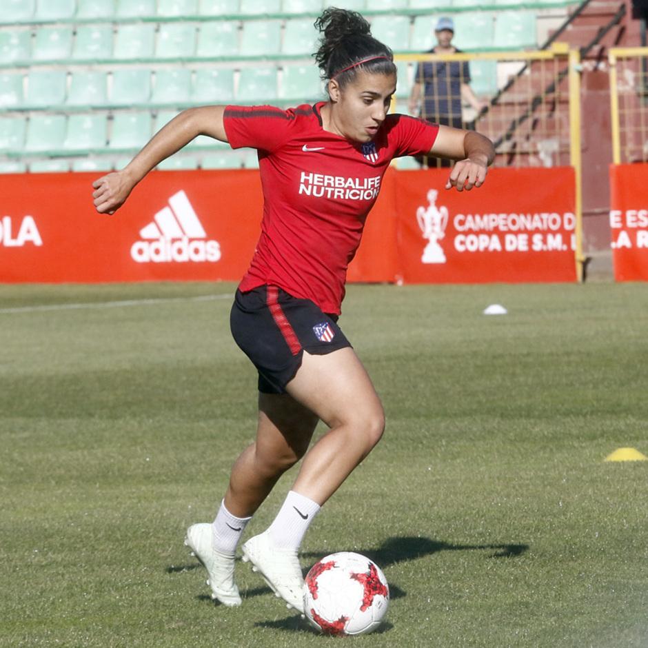 Temp 17/18 | Atlético de Madrid Femenino | Eentrenamiento en el estadio Romano de Mérida | Final Copa de la Reina | Carla Bautista