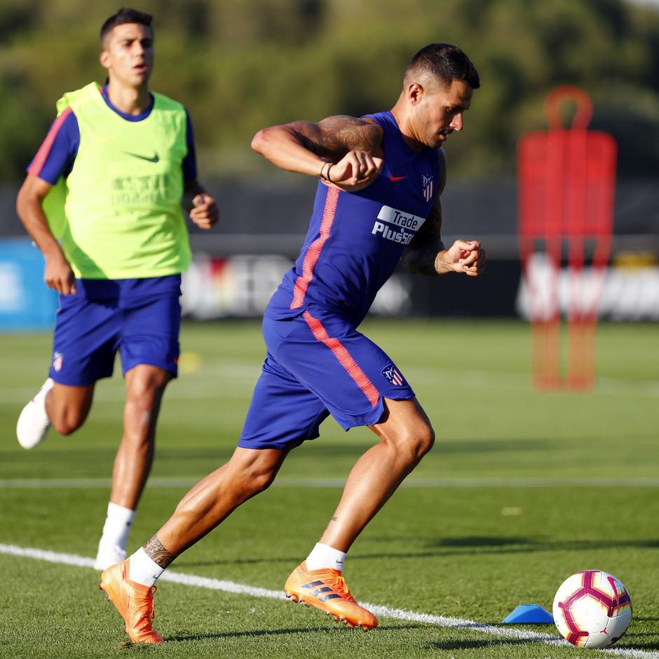 Temporada 18/19. Entrenamiento en la ciudad deportiva Wanda Atlético de Madrid. 13_07_2018. Vitolo