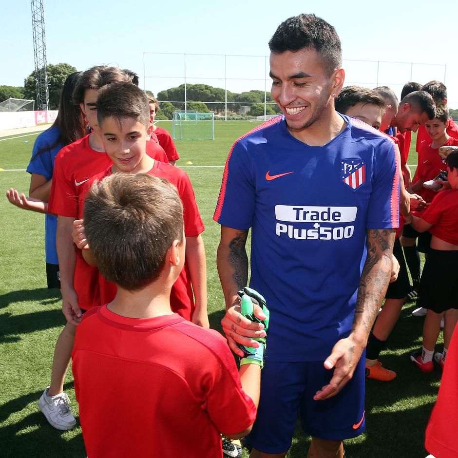 Clinic de verano de la Fundación Atlético de Madrid | Ángel Correa
