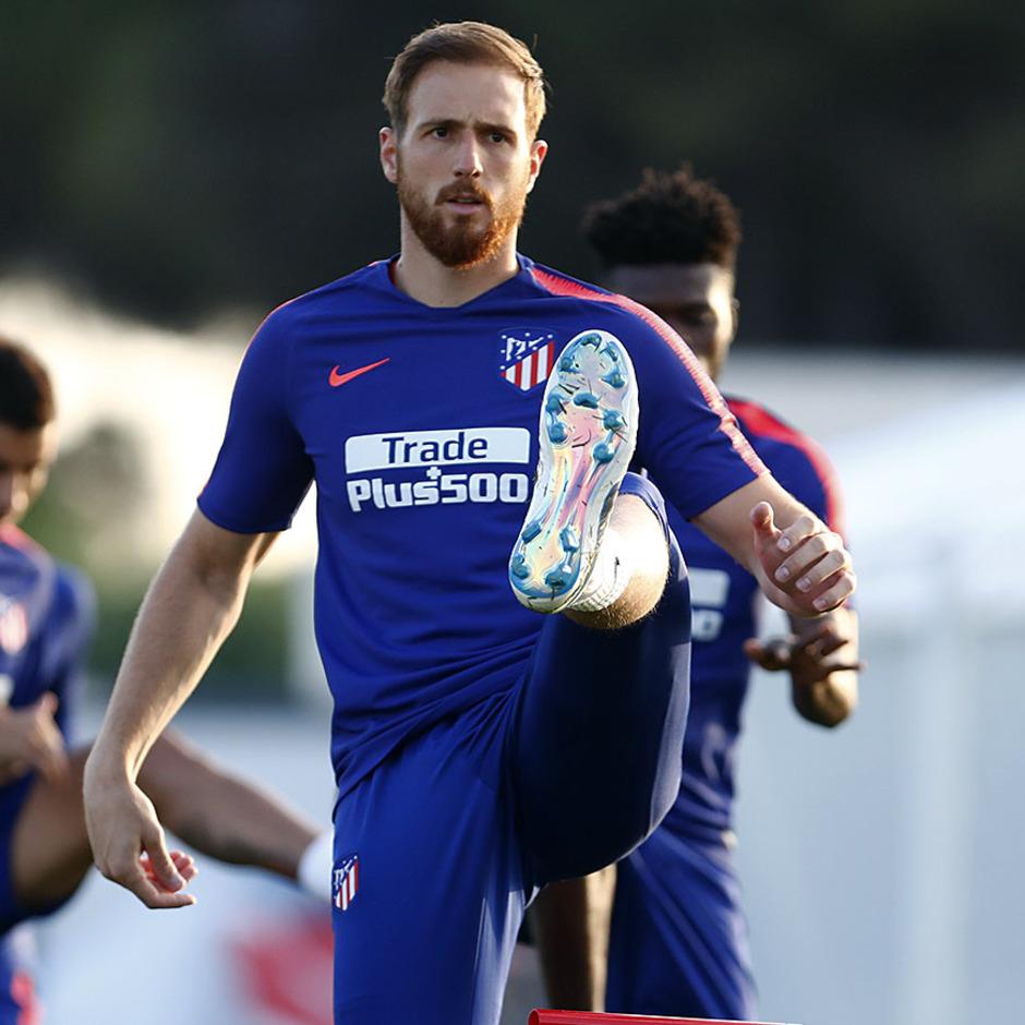 Temporada 18/19. Entrenamiento en la ciudad deportiva Wanda Atlético de Madrid. 21_07_2018. Oblak.