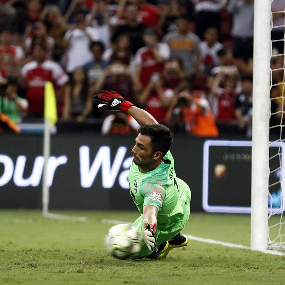 Temporada 2018-2019 | ICC Singapur | Atlético de Madrid - Arsenal | Adán parada penalti 2