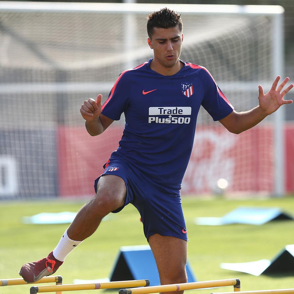 Temp. 18-19 | Entrenamiento del primer equipo en la Ciudad Deportiva Wanda | Rodrigo