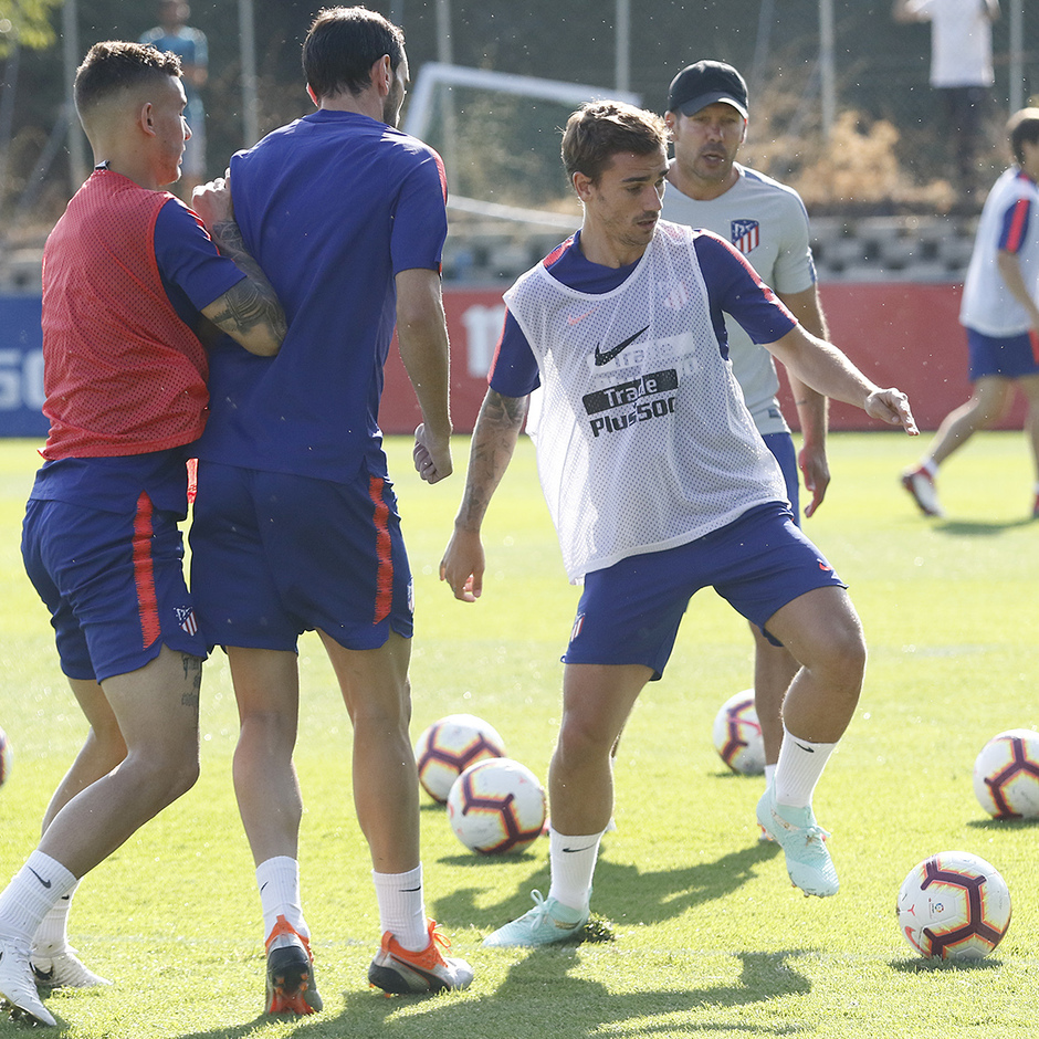Temporada 18/19 | Entrenamiento del primer equipo | 12/09/2019 | Griezmann