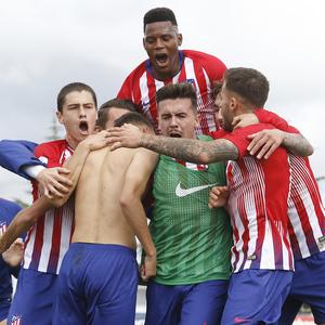 Temporada 18/19 | Atlético de Madrid B - Salmantino | Celebración