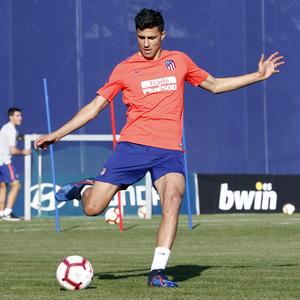 Temporada 18/19 | 08/04/2019 | Entrenamiento del primer equipo | Rodrigo