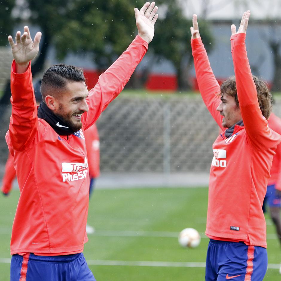 Temporada 18/19 | Entrenamiento del primer equipo | 18/04/2019 | Koke y Griezmann