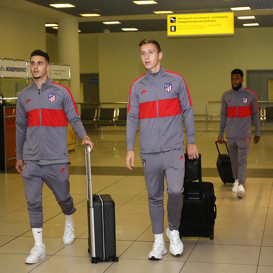 Temporada 19/20 | Lokomotiv - Atlético de Madrid | Llegada | Hermoso y Saponjic