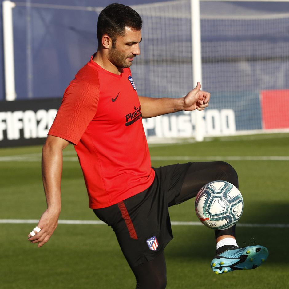 Temporada 19/20 | Entrenamiento del primer equipo | Antonio Adán
