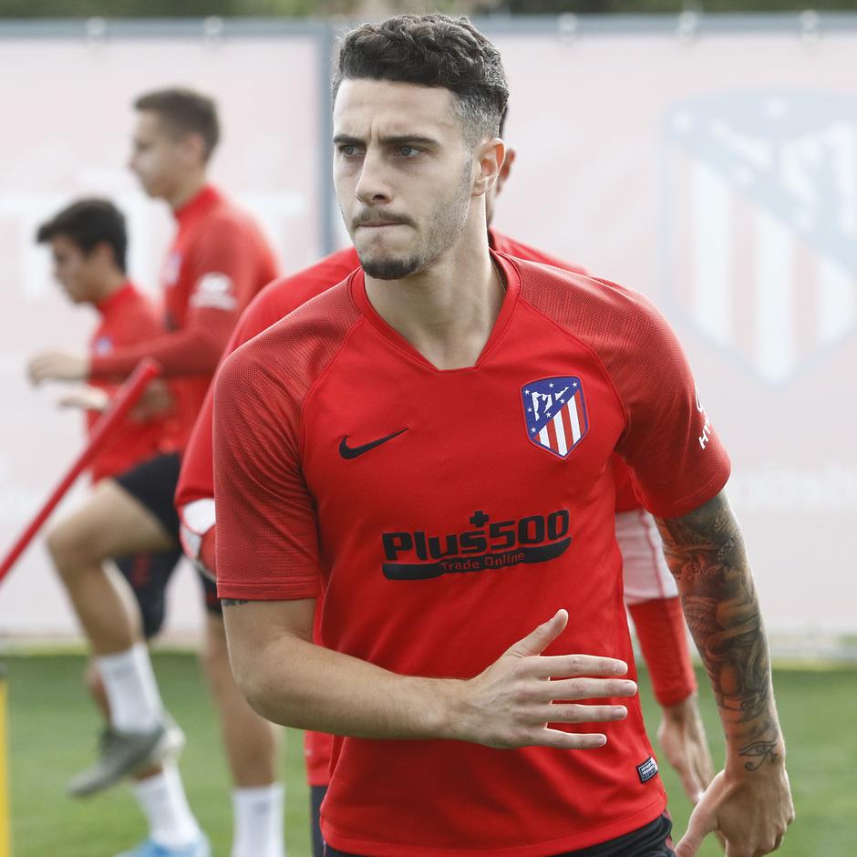 Temporada 19/20   Entrenamiento del primer equipo en la Ciudad Deportiva Wanda Atlético de Madrid   Mario Hermoso