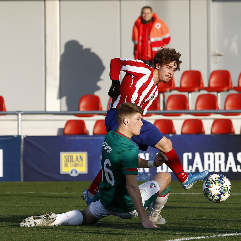 Temporada 19/20. Youth League. Atlético de Madrid Juvenil A - Lokomotiv. Soriano