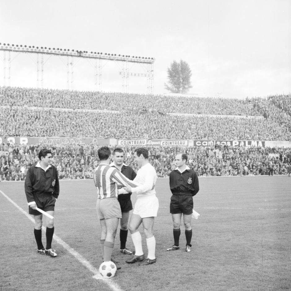 02 1965-1966_ATM-REAL MADRID_LIGA_10-10-1965 (1-1)_COLLAR Y GENTO (ULTIMO DERBI)
