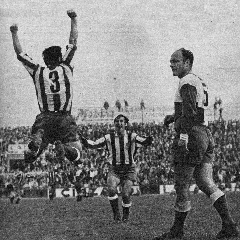 Temp. 1969-70 | Campeones de Liga  en Sabadell | Celebración gol Calleja