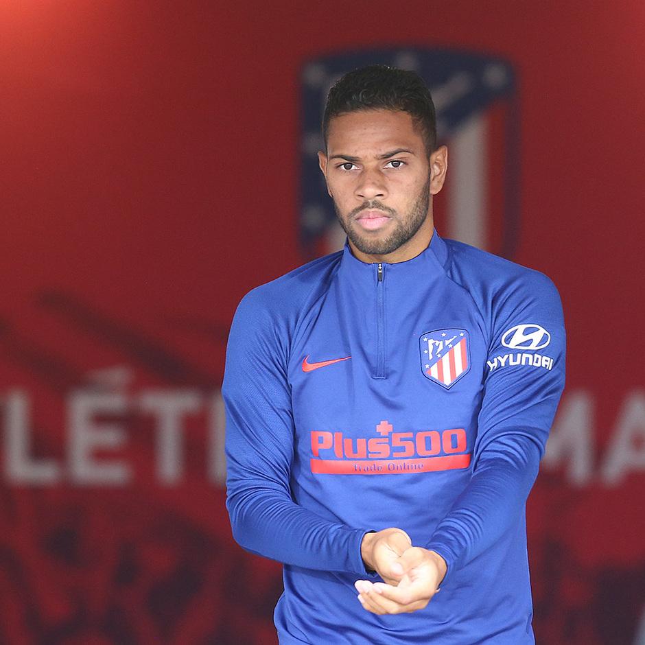 Temporada 19/20 | Champions League | Renan Lodi