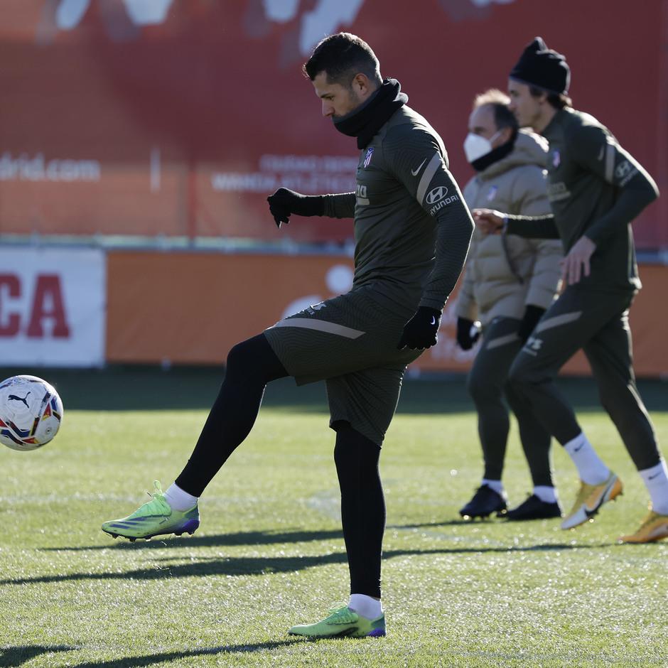 Temp. 20-21   Entrenamiento Atlético de Madrid   Vitolo