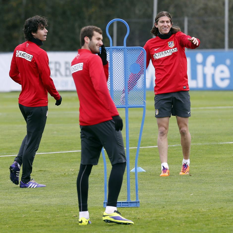 Baptistao, Tiago, Filipe Luis, entrenamiento Majadahonda.