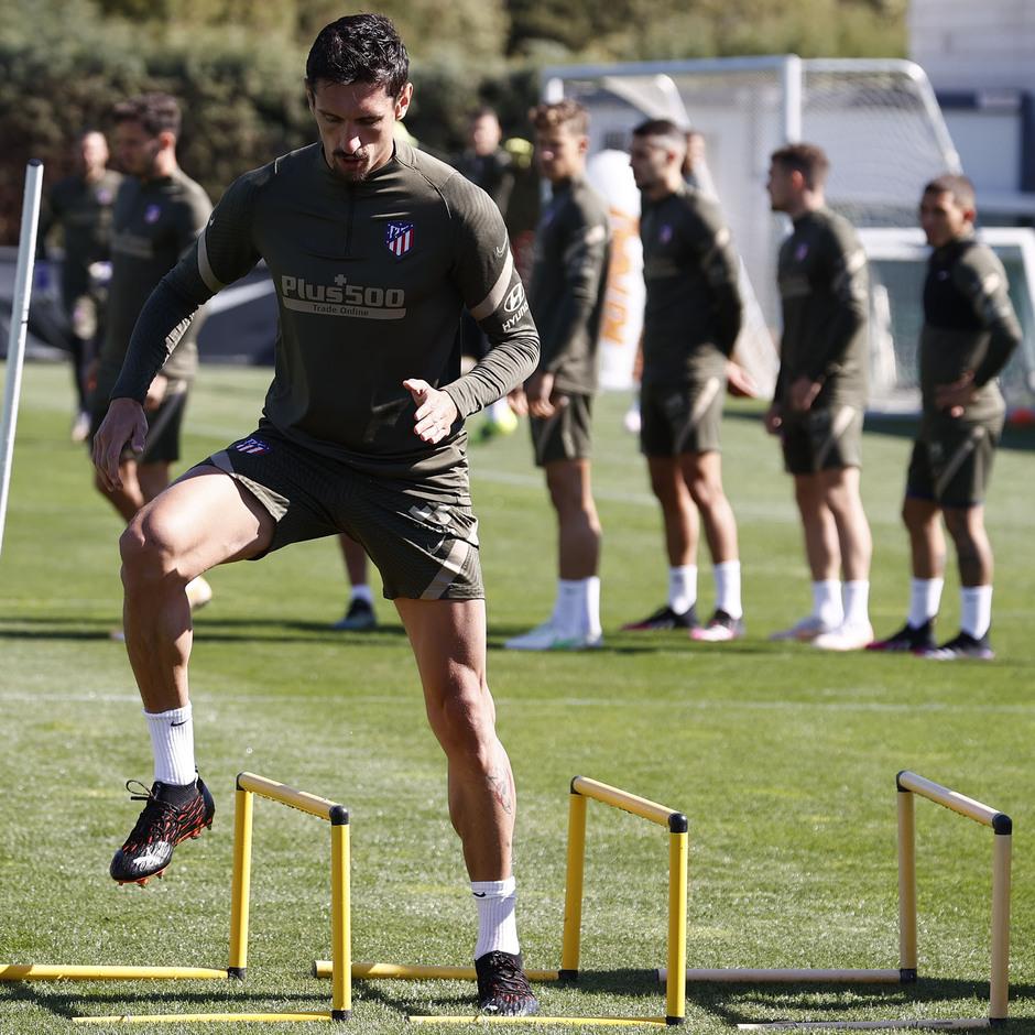 Temp. 20-21 | Entrenamiento Atlético de Madrid 17 abril | Savic