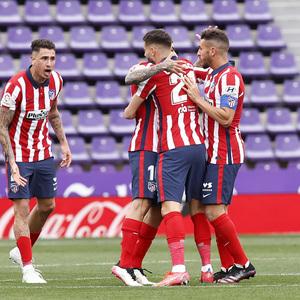 Temp. 20-21   Atleti-Valladolid   Celebración Correa, Koke, Giménez