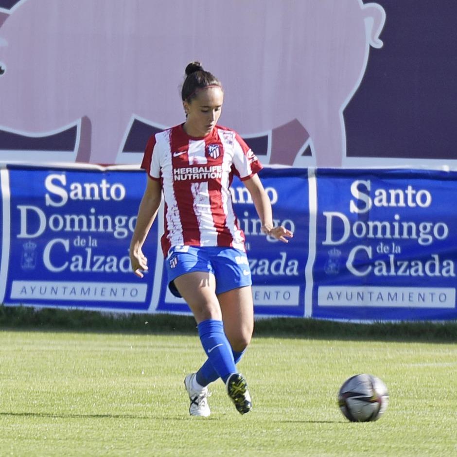 Temporada 2021/22   Triangular amistoso   Atleti Femenino-Burgos   Yoli