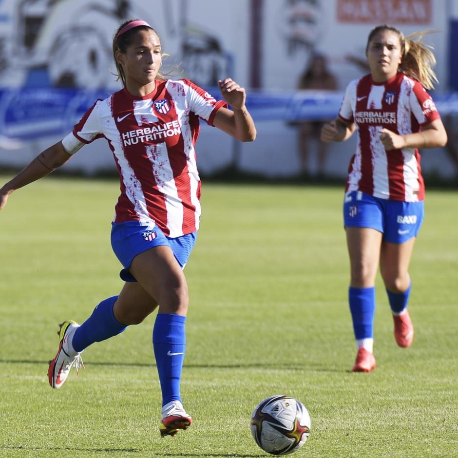 Temporada 2021/22   Triangular amistoso   Atleti Femenino-Burgos   Deyna