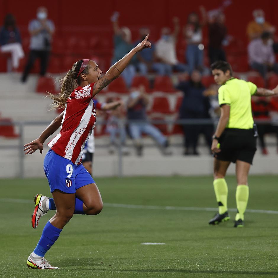 Temporada 2021/22 | Atlético de Madrid Femenino-Alavés | Deyna celebración